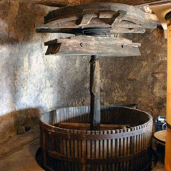 Vieux pressoir du domaine Carême à Vouvray